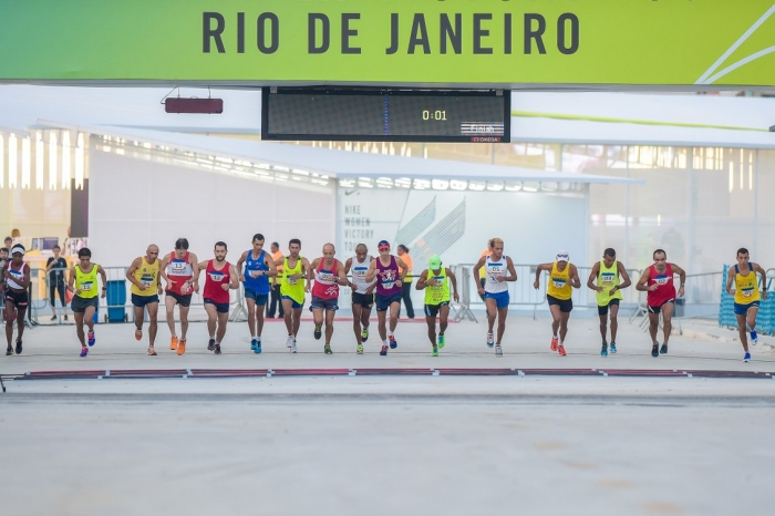 Largada do evento-teste da Maratona, no Sambódromo do Rio. Foto: Alex Ferro/Rio2016